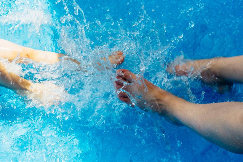 Poolpflege mit Chlor, Aktivsauerstoff oder Brom